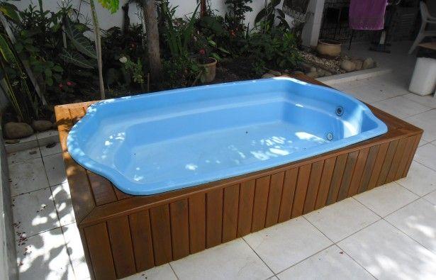piscina de fibra pequena com deck 1