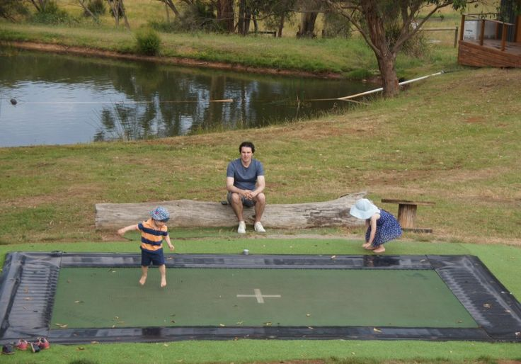 Green Olive at Red Hill is a must-do for families visiting or living in the #morningtonpeninsula - delicious paddock-to-plate food, colouring-in and an in-ground trampoline! bit.ly/greenoliveredhill #greenolive #redhill #mainridge #winefoodfarmgate