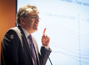 Mauricio Cárdenas, ministro de Hacienda.. Mauricio Cárdenas, ministro de Hacienda.