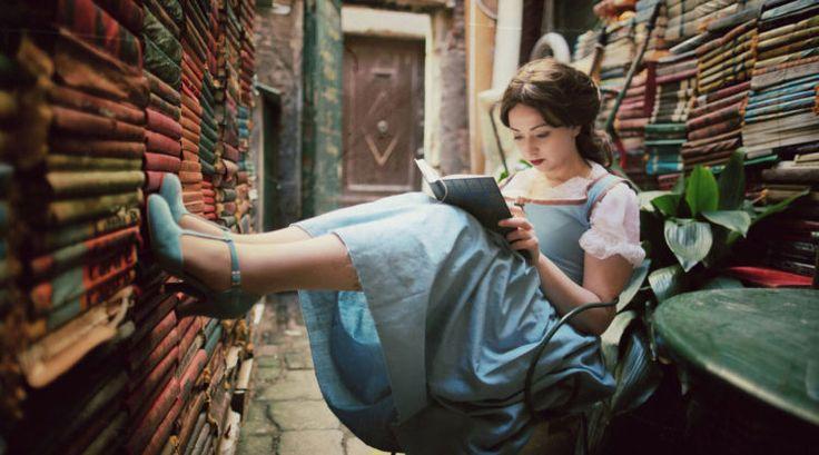 """Mi-aș fi dorit să am măcar un prieten căruia să-i pot recomanda cărțile citite (""""Wow bro (sis), cât de mișto e cartea asta, să o citești urgent, o să fii uimit/ă!"""") dar nu am așa ceva. Prin urmare, precum câinele lui Pavlov, m-am obișnuit să dau fuga pe grupul Serial Readers și să-mi împărtășesc entuziasmul literar. - Silvia  Articolul: http://blog.serialreaders.com/2017/03/30/eu-cartile-si-restul-lumii/  #proudserialreader"""