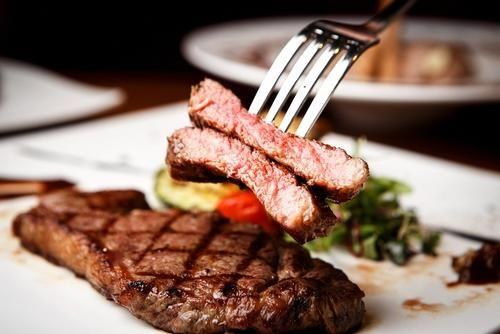知っておきたい!超簡単なお肉の下ごしらえ | コラム | オリーブオイルをひとまわし