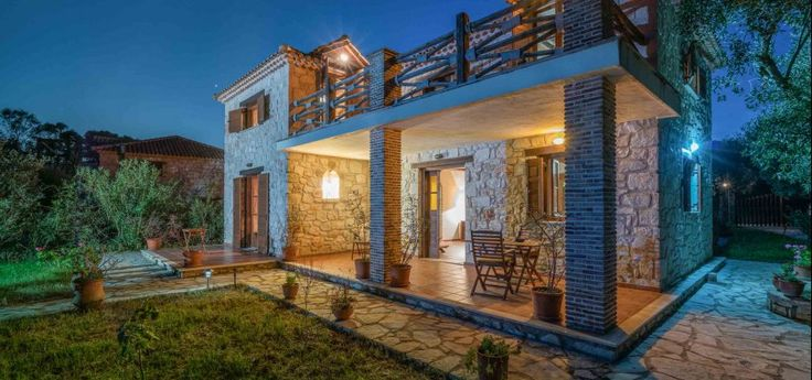 Villa Artemis | Vasilikos A stone private villa with spacious rooms, traditionally decorated and ideal for families