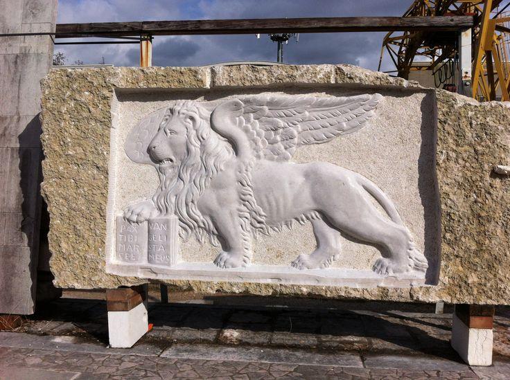 Leone di San Marco realizzato dalla Fornasa Marmi snc www.fornasamarmi.com