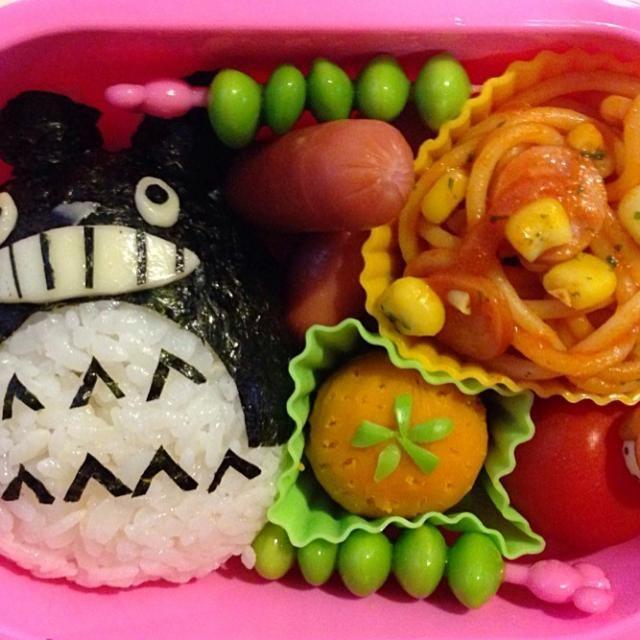 今日のお弁当リクエストはトトロ! 娘の大好きなかぼちゃきんとんはみかんに見たててみました! - 32件のもぐもぐ - 本日の幼稚園お弁当♪ by ♡Noriko♡
