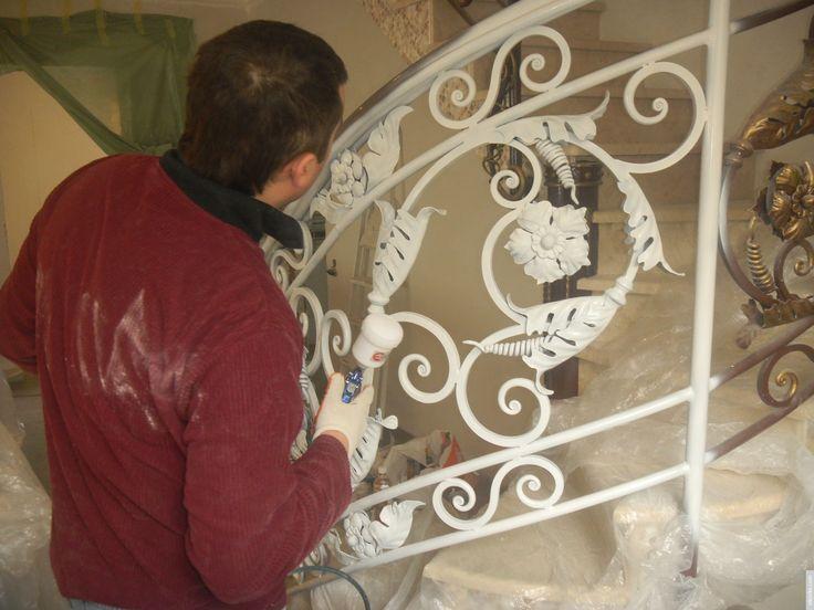 Окраска кованных изделий: инструкция по покраске своими руками ...