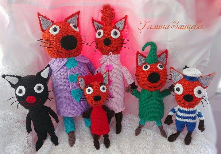 Вся семейка и друг угалек) #трикота #игрушкикрючком #вязание