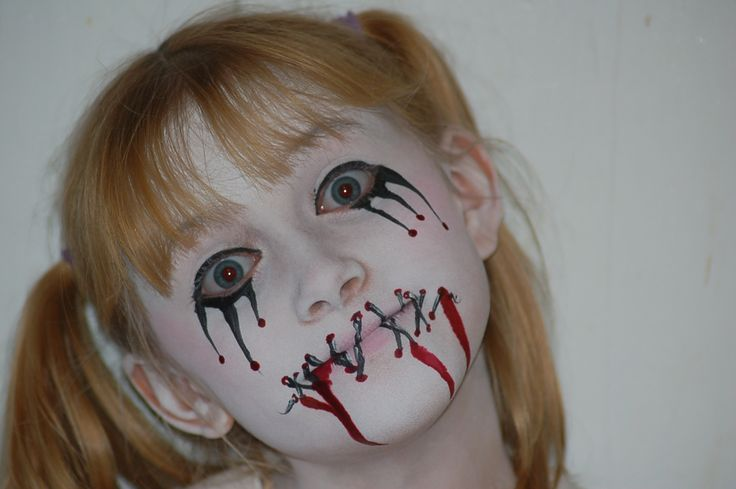 Voodoo Face Paint for Halloween   Voodoo Doll Costume