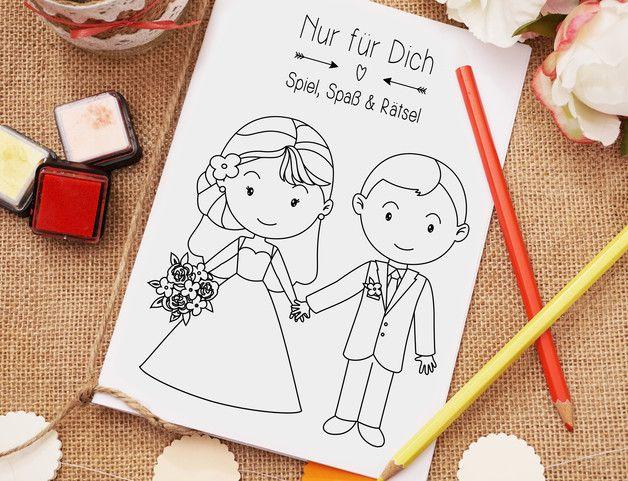 Dieses Mal- und Rätselheft ist garantiert ein kleines Highlight auf Eurer Hochzeit! Es umfasst insgesamt 19 Seiten voller interessanter Inhalte, die den Spaßfaktor bei Groß und Klein erhöhen und dafür sorgen, dass Eure Hochzeit noch lange in Erinnerung bleibt. Das Mal- und Rätselheft beinhaltet knifflige Rätselaufgaben, süße Malvorlagen und noch vieles mehr. http://de.dawanda.com/product/95024639-gastgeschenk-hochzeit-malheft-kinder-pdf-special…