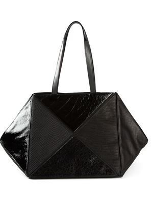 9cbe474cfa Women s Designer Handbags on Sale - Farfetch  womensdesignerpursesale