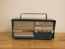 Poste Radio TSF Vintage Bluetooth  Amplificateur 40w Connexion Bluetooth 4.0 Contrôle du volume par bouton rotatif en façade Alimentation 220v Bouton ON/OFF arrière 30*13*20 (avec boutons et poignée)