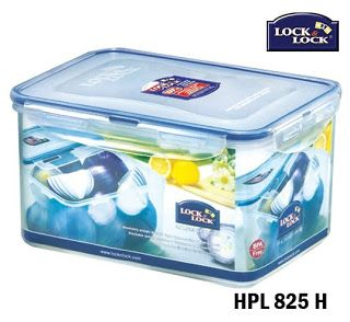 Lock and Lock Food Storage HPL 825H:  Size 232 x 165 x 125 mm 3.1 L