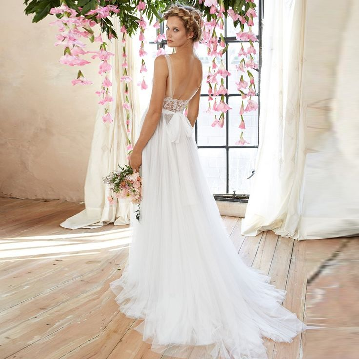 Watters Penelope - Wedding Gown  Call us to purchase (02) 9487 4888
