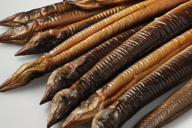 Gerookte paling, je moet ervan houden, zullen we maar zeggen :-s