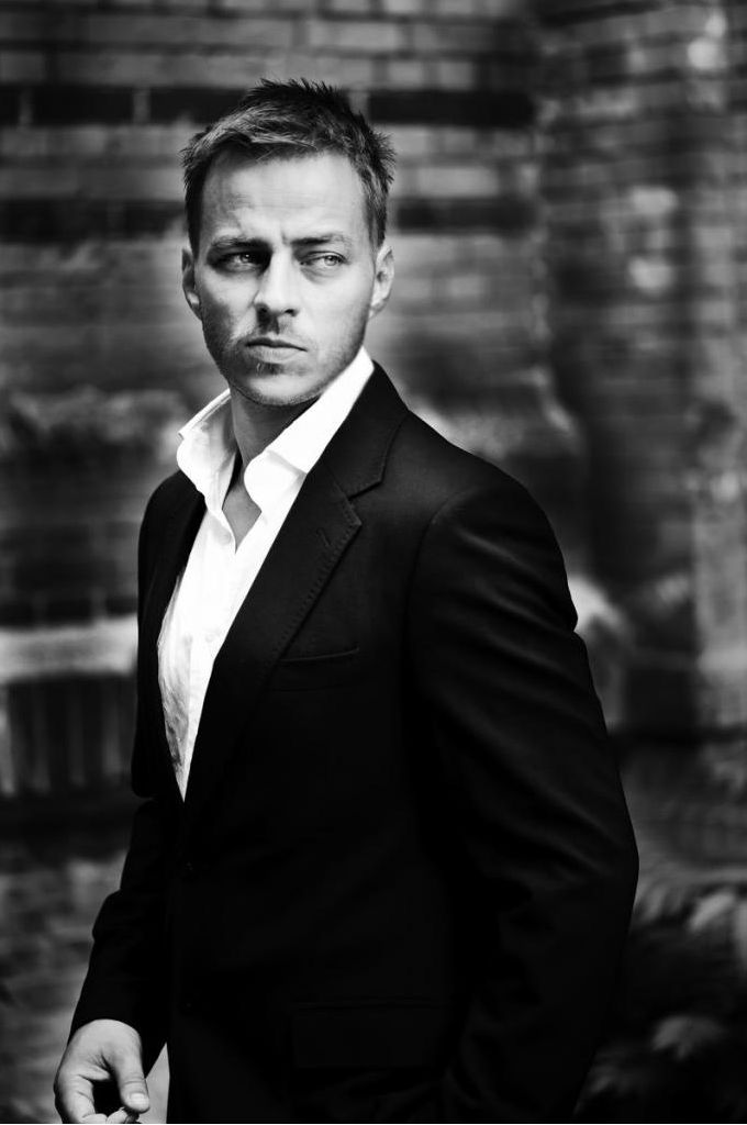 Tom Wlaschiha (Jaqen H'ghar); I like my men with sleepy eyes and a defined jawline. Don't judge me.