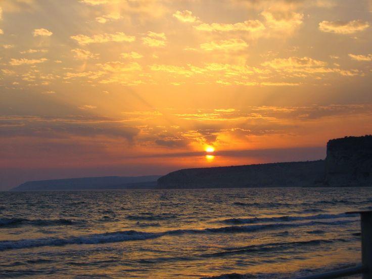 Cyprus: Sunset at Kuriom