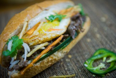 best banh mi chicago