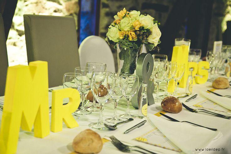 Mariage_jaune_soleil (32) Lettres à peindre pour la table d'honneur