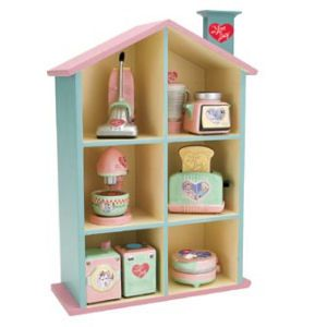 431 best images about i love lucy collectibles on pinterest love lucy barbie and chocolate - Salt and pepper shaker display case ...