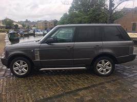 www.autotrader.co.uk car-search?body-type=SUV&make=LAND%20ROVER&price-to=6000&transmission=Automatic&quantity-of-doors=5&fuel-type=Petrol&sort=sponsored&postcode=ls297dx&radius=25&onesearchad=Used&page=1