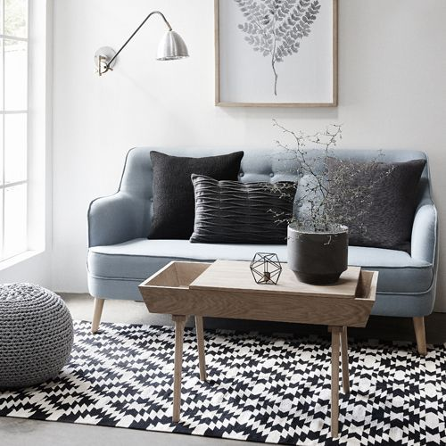 Comment Agencer Son Salon Dans Un Petit Appartement Blog Rhinov Deco Petit Salon Deco Interieure Deco