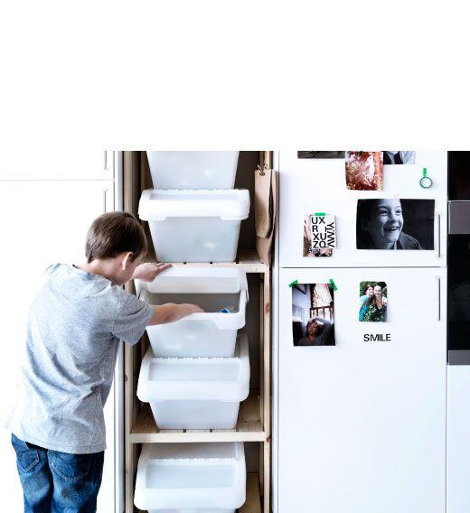 ikea sterreich stapelbare sortera abfalleimer mit deckel in wei inspiration sustainability. Black Bedroom Furniture Sets. Home Design Ideas
