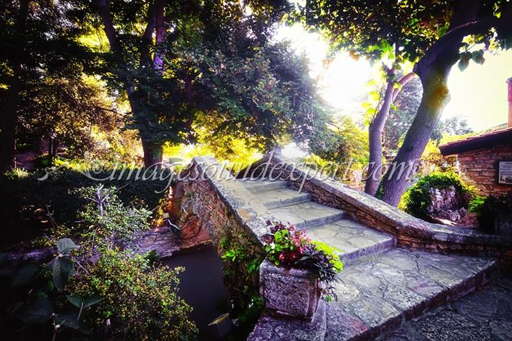 Balchik Seufzerbrücke, Balchik Bridge of Sighs  http://www.imagesoundexpert.com