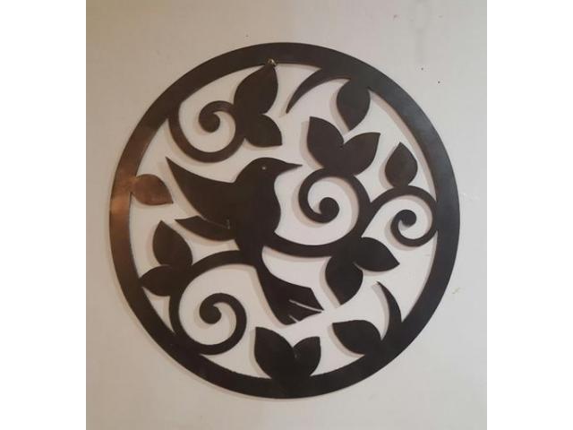 Bendigo   Loddon-Mallee   Australia   Garden   JTC Industries Free Online Australian Classified Adverts   1 x Metal Wall Art raw (plasma cut) Round humming bird