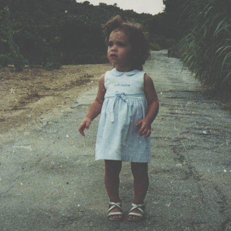 """Holly Moon (@hollymoon__) sur Instagram: """"♥SHOOTING♥Demain c'est séance photo 📷 avec Tya, petite fille plus grande que moi sur cette photo…"""""""
