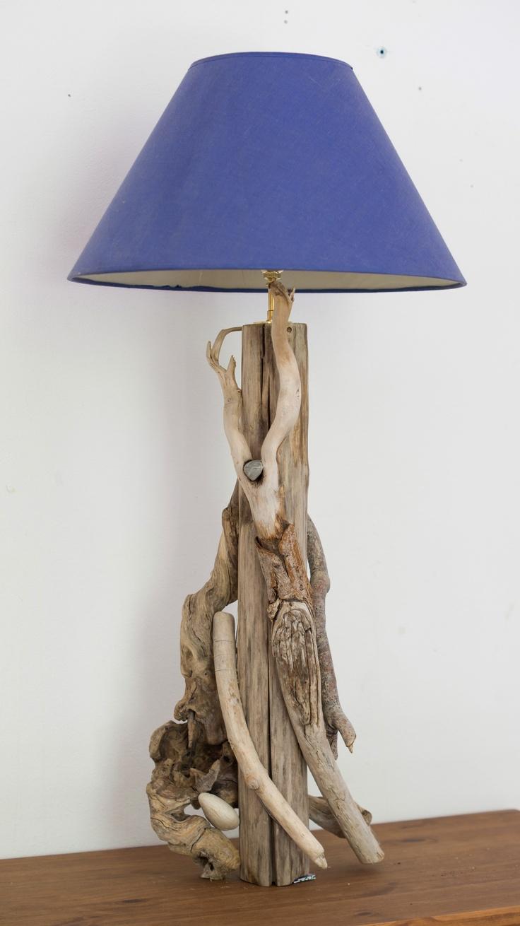 pied de lampe en bois flotté