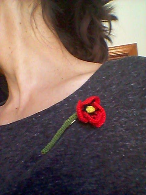 solo1ratito: broche amapola de ganchillo, crochet.