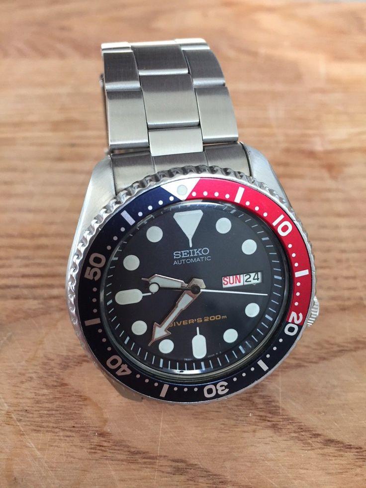 Seiko SKX009 Diver Watch w/ Oyster Bracelet, Pepsi Bezel, Automatic