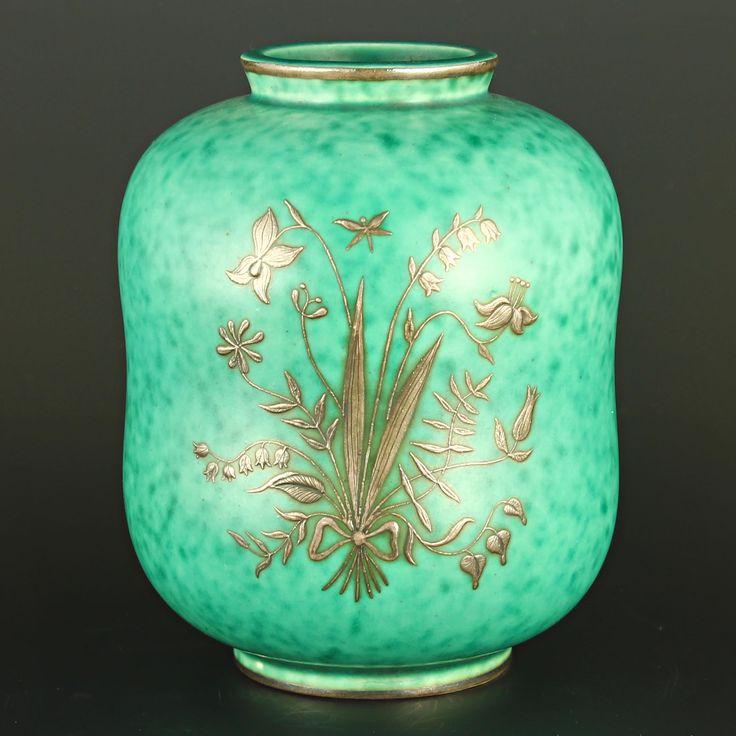 Wilhelm Kåge (1930's) Iconic Argenta vase