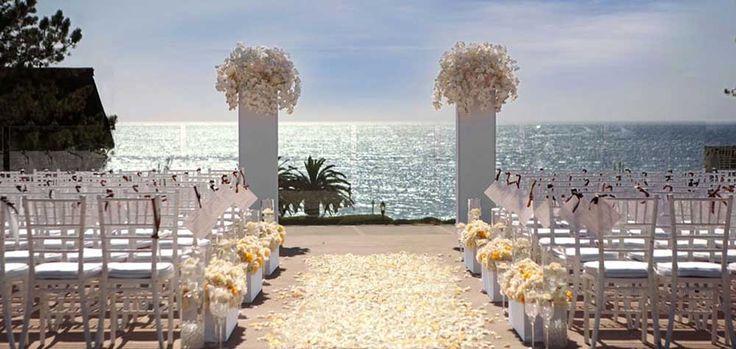 Karen Tran Florals - Very pretty in pink: Hotel Del Coronado beach wedding | San Diego Wedding Blog