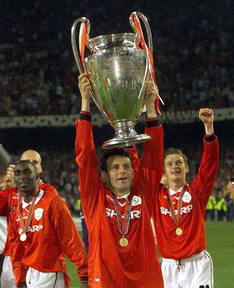 Ryan Giggs with the 1999 Champions League trophy. Manchester United. #mufc @Traci Janousek