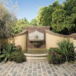 Spanish Inspired Garden  An Iconic Phoenix Resort Is The Inspiration For A  Coupleu0027s Moorish