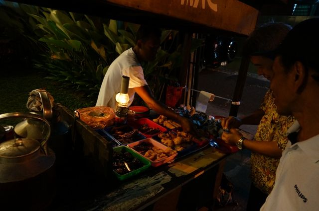 Angkringan, traditional small business from Yogyakarta which sell traditional drinks, traditional snacks, nasi kucing, etc. #angkringan #traditional #food #Yogyakarta # Smallbusiness #coffee #ginger #nasikucing #Indonesia