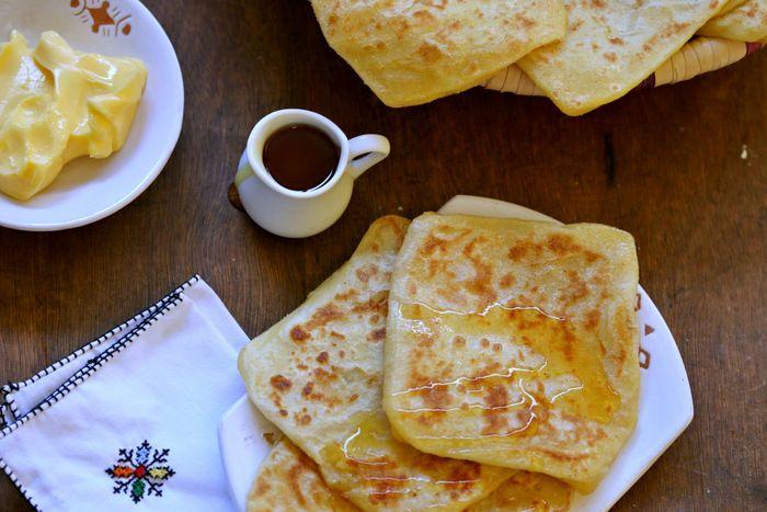 510- Msemen, Moroccan Square Pancakes / مسمن، الكريب المغربي المربع - Cooking with Alia