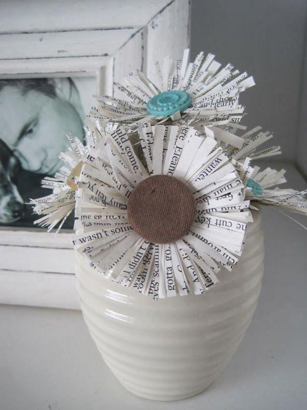 Cómo hacer unas flores de papel con hojas recicladas o usadas