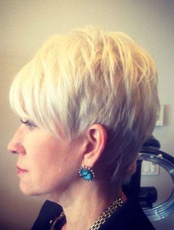Trendiga korta frisyrer för äldre kvinnor! Dessa damer ser så vackra ut och så unga ut med sådant vackert hår!! Meld Aan Met Je Facebook Account En Geniet Meteen Van De Korting! 70% korting op topmerken bij Zalando Lounge