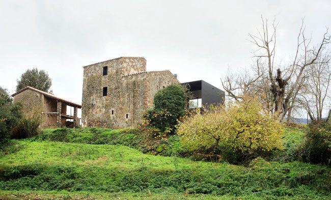 Porch House / Bosch Capdeferro Arquitectures  Girona, Spain