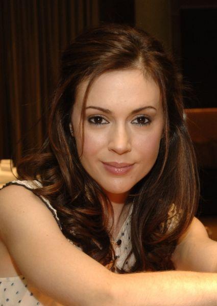 Alyssa Milano Marisols.org