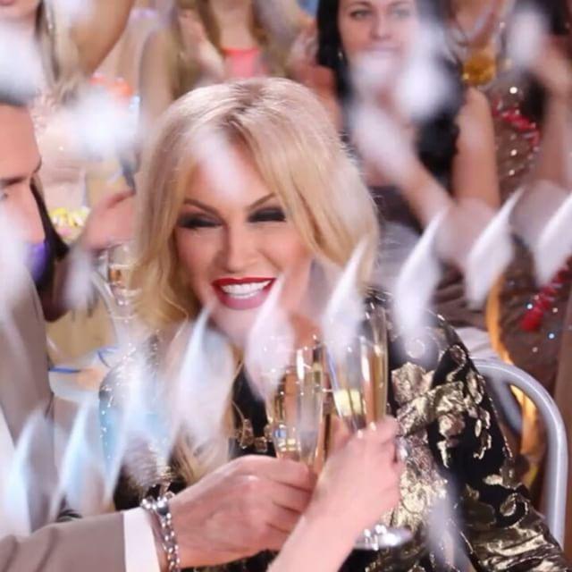 С Новым Годом!!! ❤ #таисияповалий #сновымгодом