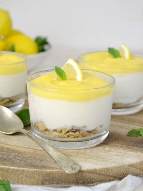 Vasitos de tarta de queso con limón