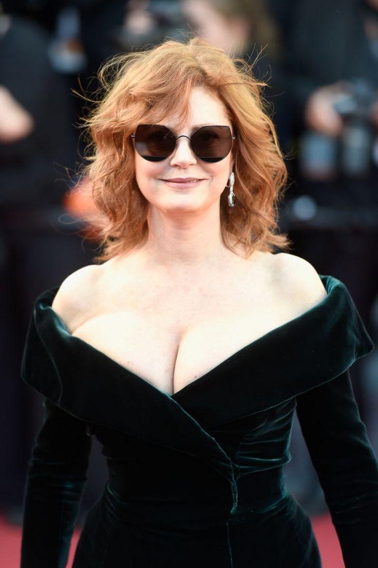Susan Sarandon Cannes 2017 - Susan Sarandon Boobs Red Carpet