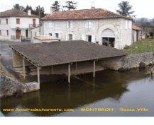 ::: Les Lavoirs de Charente Montbron Basse Ville:::