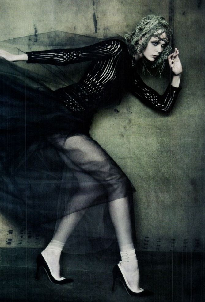 frida gustavsson by paolo roversi vogue italia