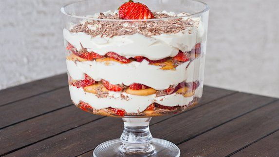 Strawberry Tiramisu Trifle
