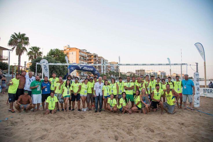 """Crotone, """"Beach volley Italia tour"""" nella città di Pitagora - Un'esperienza indimenticabile, non solo per il carattere sportivo ma soprattutto per i rapporti che si sono creati con gente che vive di sport 365 giorni l'anno  - http://www.ilcirotano.it/2017/09/04/crotone-beach-volley-italia-tour-nella-citta-di-pitagora/"""