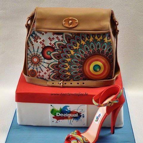 Desigual cake, verjaardags  taart. Met handtas taart en eetbare schoen. #americancakes  #desigual #eetbareschoen