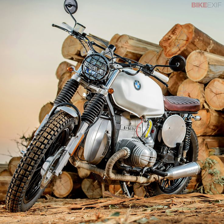 Got wood? Check out South African Louis Nel's beautiful 1979 #BMW R45 scrambler #motorcycles